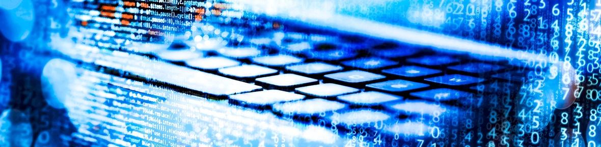 Header Themenbild Open Data Tastatur und Matrix aus 0 und 1 Werten